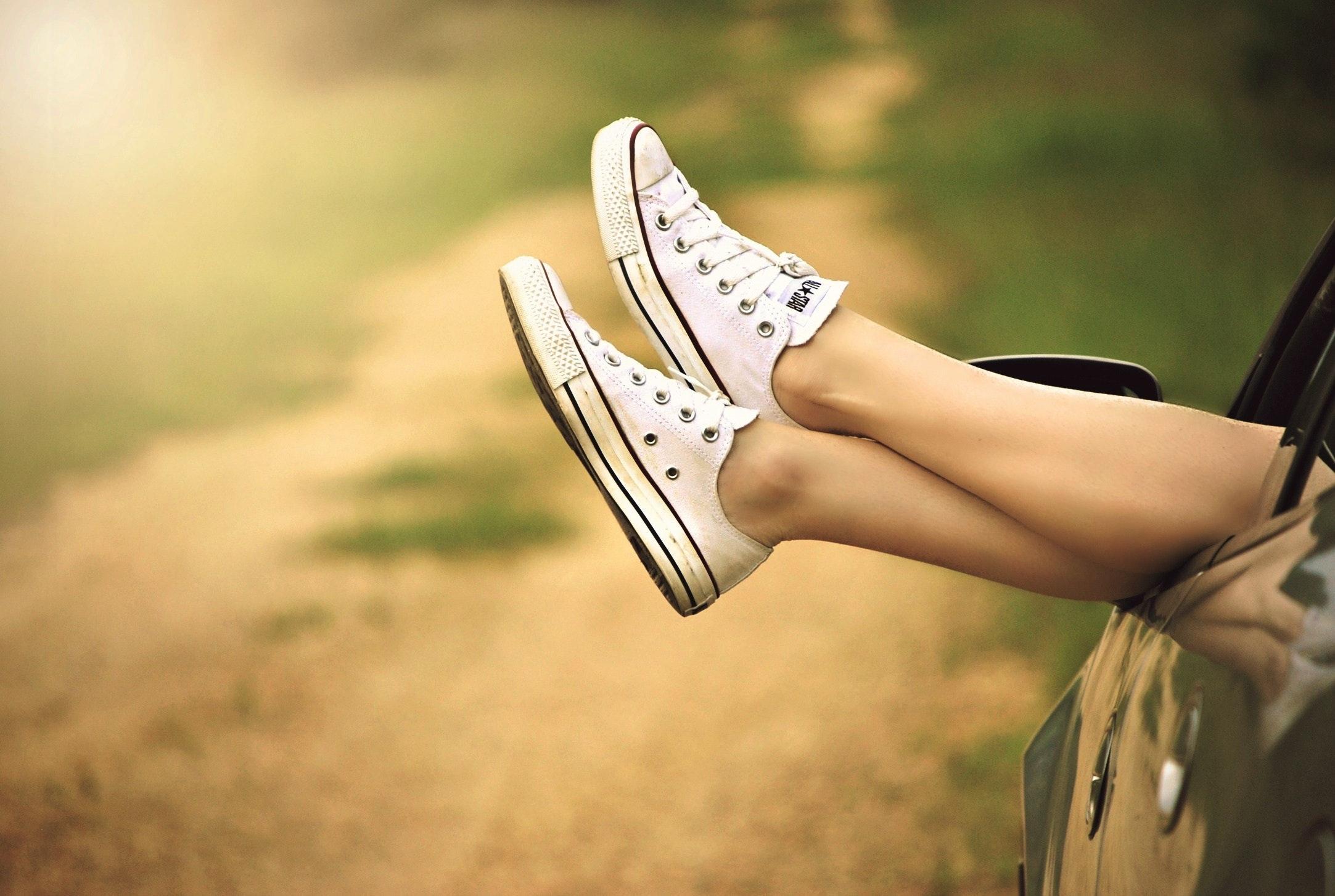 car-carefree-chucks-51397.jpg